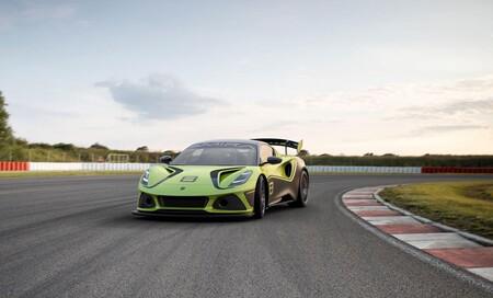 ¡Radical! El nuevo Lotus Emira GT4 de 405 CV es la nueva bestia de Lotus para circuitos