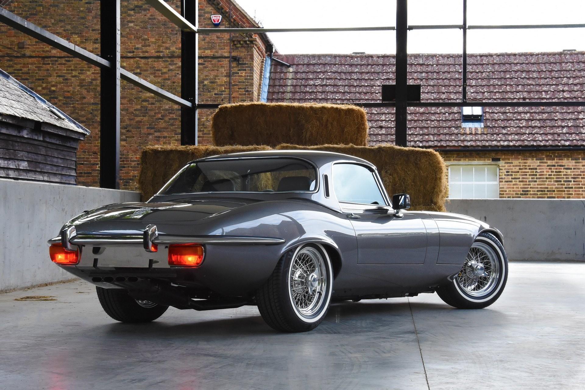 Foto de Jaguar E-Type 1974 restomod (6/20)