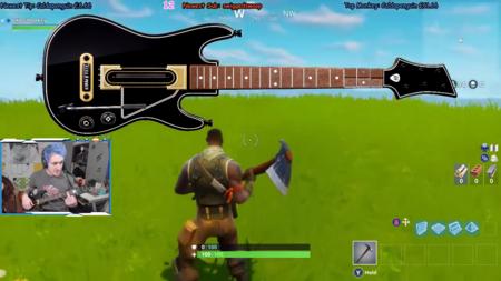 Este jugador es capaz de utilizar la guitarra de Guitar Hero para jugar a Fortnite y de manera MUY eficaz