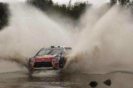 Sébastien Loeb gana en medio de la debacle Ford