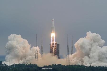 El cohete chino fuera de control acaba su aventura: ha caído en mitad del Océano Índico