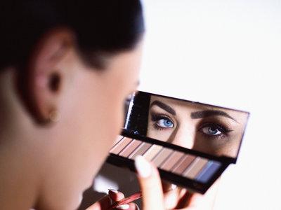 6 paletas de sombras para deslumbrar con tu mirada  en Nochevieja