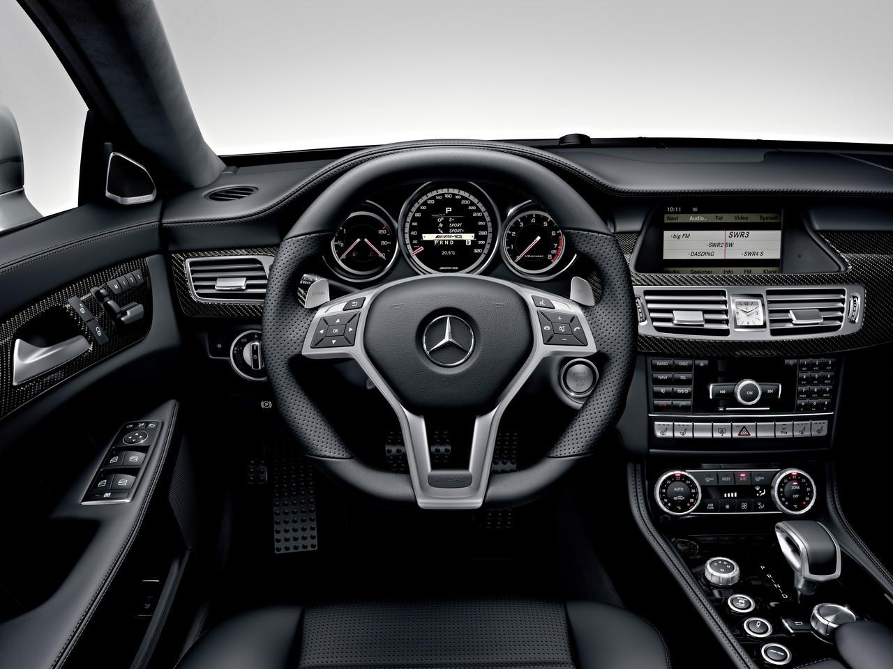 Foto de Mercedes CLS 63 AMG 2011 (26/30)