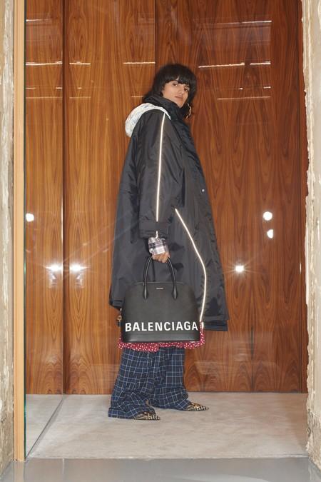 00012 Balenciaga Vogue Pre Fall 2018 Pr