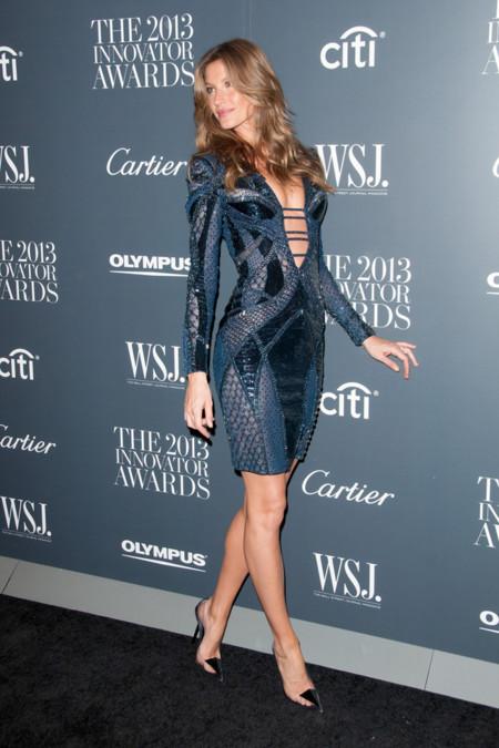 Gisele Bundchen de Atelier Versace en los Premios Innovador del Año de WSJ Magazine 2013 -3