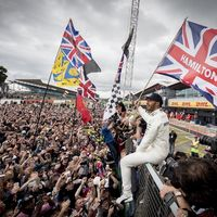 Lewis Hamilton no se hace un Rosberg y seguirá con Mercedes en F1 en 2019 y 2020