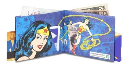 Wonder-Woman-Mighty-Wallet