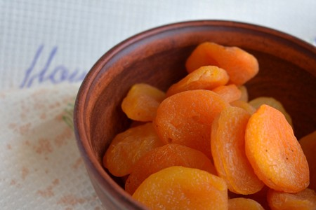 Dried Apricots 3338376 1280