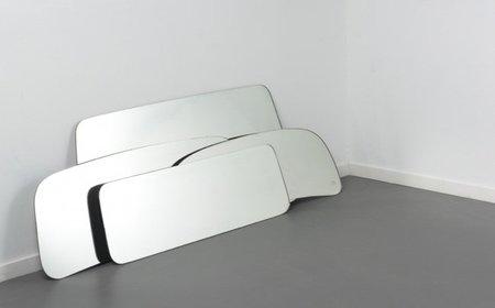 Espejos fabricados con parabrisas de coches