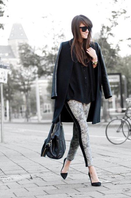 Cuero abrigo Moda en la calle