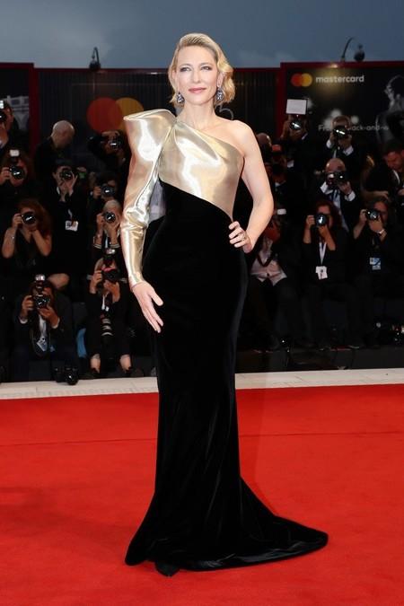 Alfombra Roja Festival Venecia 2018 Cate Blanchett Armani Prive Alta Costura