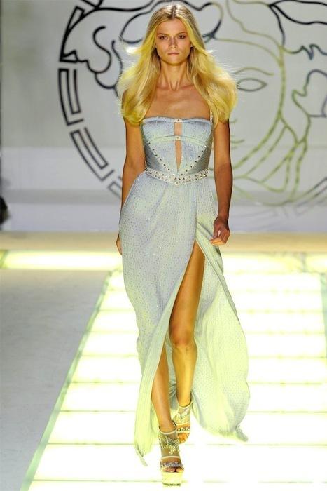 Foto de Versace Primavera-Verano 2012 (39/44)
