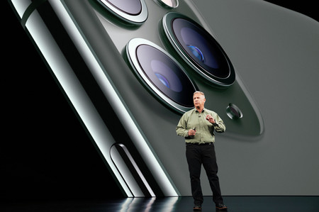 Phil Schiller Keynote Iphone 11 Pro