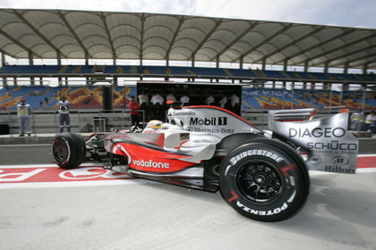 Hamilton admite su error con los neumáticos