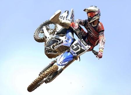 AXO Lightning, conjunto de motocross de altas prestaciones