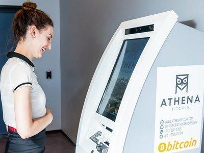 Presentan el primer cajero para comprar y vender Bitconis en Colombia