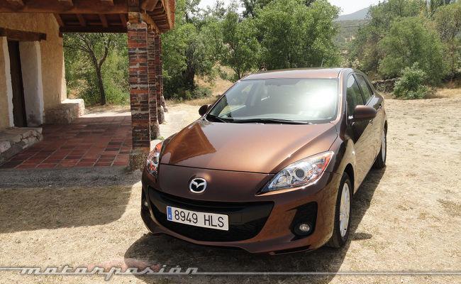 Mazda3 1.6 CRTD 115 cv frontal