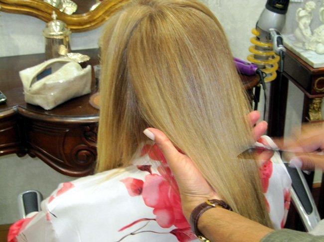 Peinar-el-cabello-liso