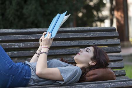 Dedicar media hora diaria a la lectura