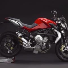 Foto 13 de 27 de la galería mv-agusta-brutale-675-desvelada-en-el-eicma-2012 en Motorpasion Moto