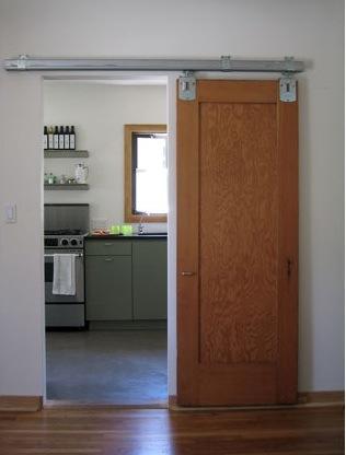 Unas puertas correderas sorprendentes - Rieles puerta corredera ...