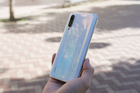 Oferta Flash: Xiaomi Mi 9 Lite de 64GB por 199 euros hoy en Phone House