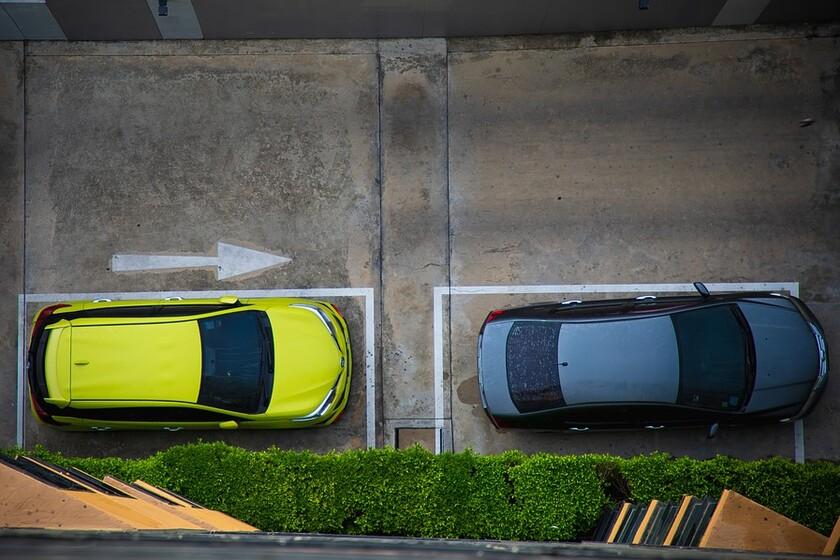 La DGT, harta de los coches zombies: a partir de ahora, las bajas temporales durarán solo un año