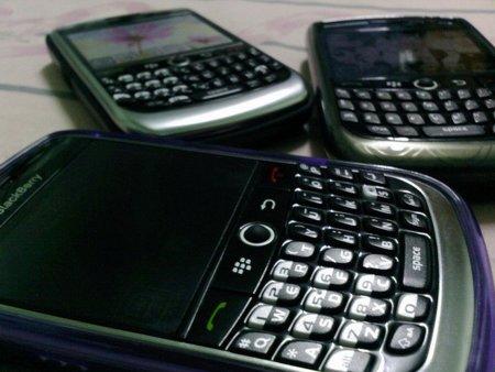 Demandan a Apple, Samsung, HTC, Motorola, AT&T y otras tres empresas por el caso Carrier IQ