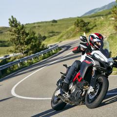 Foto 5 de 8 de la galería ducati-multistrada-950-s-gp-white-2020 en Motorpasion Moto
