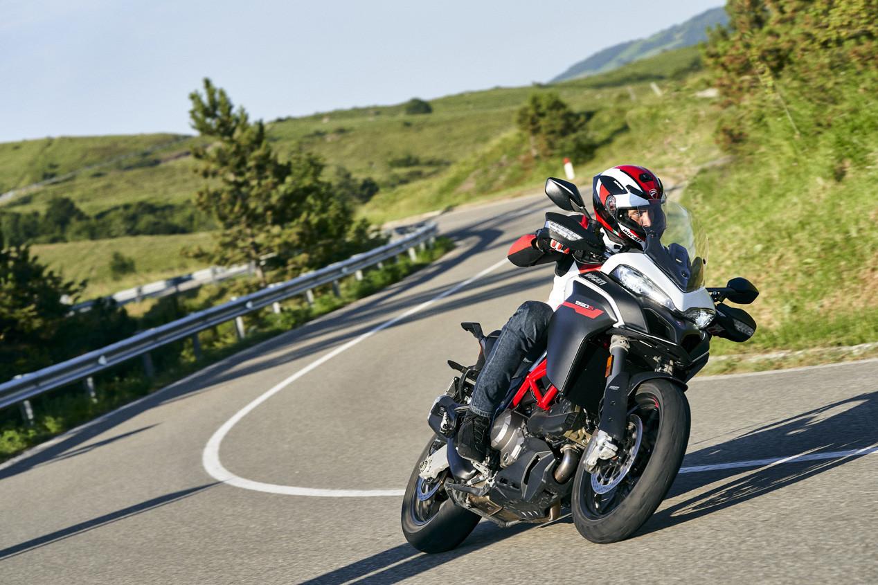 Foto de Ducati Multistrada 950 S GP White 2020 (5/8)