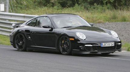 Porsche 911 Turbo espiado antes del restyling