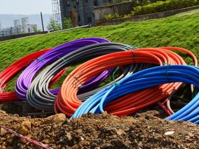 Así está la pelea por ser el operador con más fibra óptica y/o cable en España