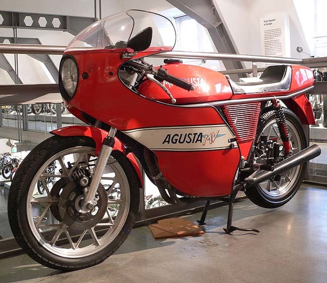 MV Agusta 350S Ipotesi carenada
