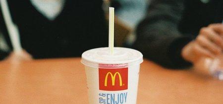 McDonald's se prepara para reemplazar los popotes de plástico
