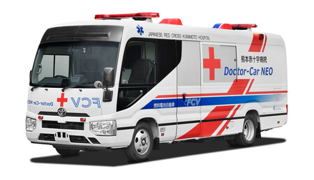 Esta ambulancia de hidrógeno de Toyota se pondrá en marcha en verano, y promete estar preparada ante desastres naturales