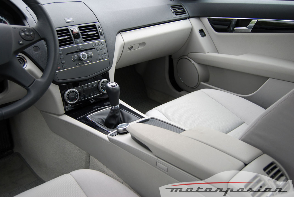 Foto de Mercedes Clase C 200 CDI BlueEfficiency (prueba) (30/56)