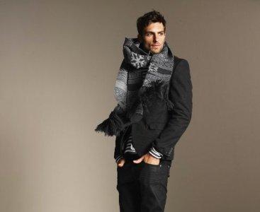 Gabardinas y trenchs para el otoño: las propuestas de Zara
