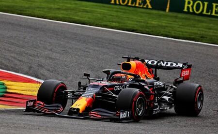 Max Verstappen doblega a los Mercedes por la mínima en Spa y Fernando Alonso es el primero del resto