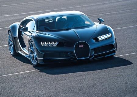 Bugatti Chiron 2017 1280 02