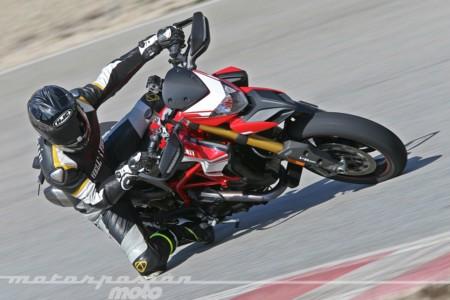 Si os gustó la nueva Ducati Hypermotard, aquí os la traemos en vídeo