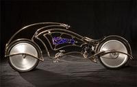 Josh Hadar, diseño sobre ruedas
