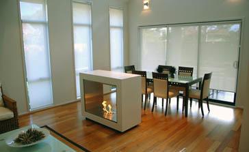 una buena idea utilizar una chimenea como separador de ambientes - Separador De Ambientes