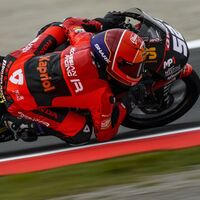Jeremy Alcoba hace su primera pole en una clasificación de Moto3 sin Pedro Acosta, hospitalizado