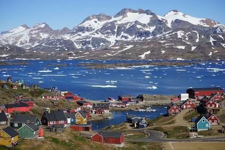 Jeff Bezos y Bill Gates están buscando ingredientes para fabricar baterías de coches eléctricos en Groenlandia