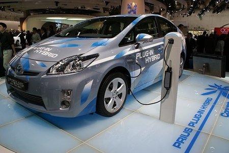 800px-toyota_prius_plug-in_hybrid_iaa_2009.jpg