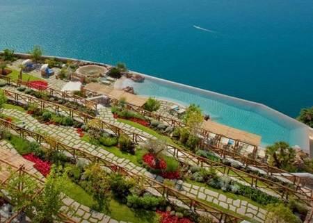 monastero-santa-rosa-amalfi-jardines