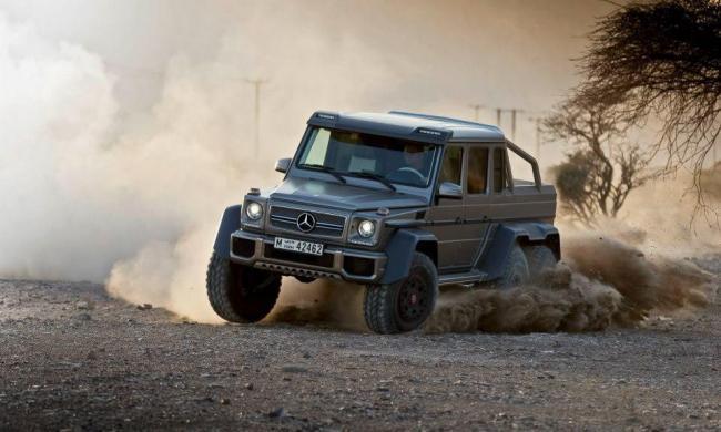 El mercedes g63 amg 6x6 se sigue vendiendo tan bien que le for Mercedes benz 6x6 precio