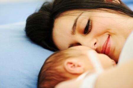 La maternidad en solitario se ha duplicado en los últimos diez años: el cuento 'El sueño de mamá' normaliza este modelo familiar