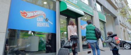 Europcar ofrece la posibilidad de que los niños también tengan su cochecito de alquiler en vacaciones