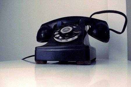 Restringir el acceso a las redes sociales es como no tener teléfono en la empresa